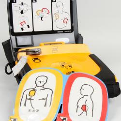 défibrillateur à choquage cardiaque pour les victimes en arrêt cardio-respiratoire