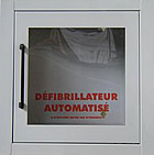 casier de rangement pour défibrillateur intérieur et extérieur