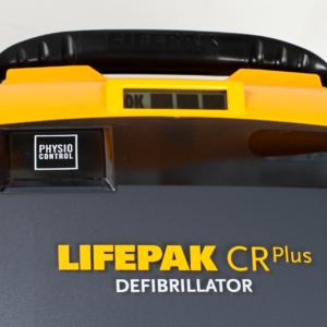Défibrillateur automatique et semi-automatique utilisé par les services de secours professionnels