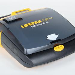 Défibrillateur automatique et semi-automatique pour choquage cardiaque utilisé par les secours, urgentistes et smur