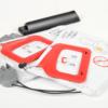 électrodes à poser sur le corps de la victime en arrêt cardiaque afin de délivrer un choc électrique