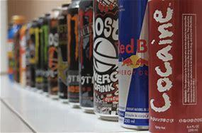 De très nombreuses marques de boissons énergisantes sont disponibles sans restriction.